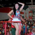 Carnaval: Paloma Bernardi caiu no samba na noite desta terça-feira, 8 de novembro de 2016, na quadra da Grande Rio, em Duque de Caxias, na Baixada Fluminense, no Rio