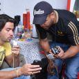 Mariano, da dupla com Munhoz, se prepara antes do show em Pindamonhagaba