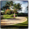 Rafaella Justus, de 3 anos, brinca de patinete em Miami