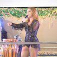 Ivete Sangalo se apresentou no último dia do Folianópolis, em Florianópolis, na madrugada desta terça-feira, 15 de novembro de 2016