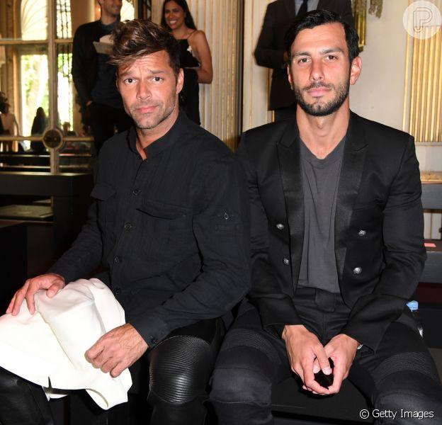 Ricky Martin anunciou que está noivo do artista plástico Jwan Yosef nesta quarta-feira, 16 de novembro de 2016