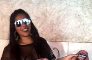Ludmilla abre mão do sutiã em look transparente em festa de lançamento de seu CD