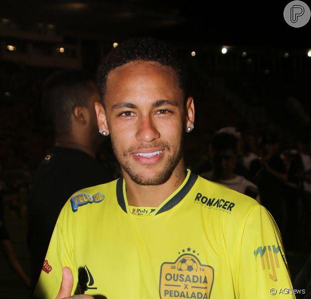 Neymar foi criticado pela prima, Rayany Santos, pelo seu relaciomento com Bruna Marquezine