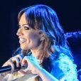 Solange Almeida estava insatisfeita com a banda Aviões do Forró e, por isso, anunciou sua saída do conjunto, diz o colunista Leo Dias, no programa 'Fofocando' desta terça-feira, 27 de dezembro de 2016