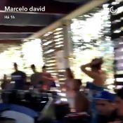 Bruna Marquezine surge em novo vídeo na casa de Neymar e fãs pedem:'Assume logo'
