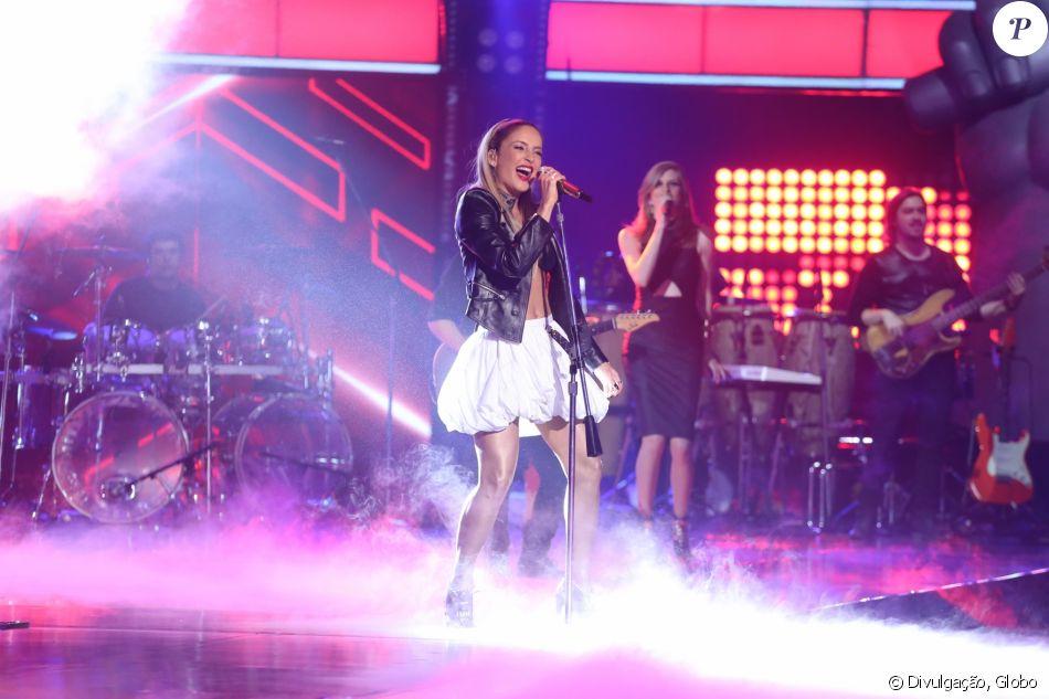 Claudia Leitte dividiu opiniões com o look escolhido para a final do 'The Voice Brasil' nesta quinta-feira, 29 de dezembro de 2016