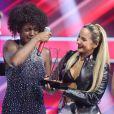 Claudia Leitte e a vencedora da quinta edição do 'The Voice Brasil', Mylena Jardim