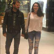 Marina Moschen, a Yasmin de 'Rock Story', curte folga com o namorado. Fotos!