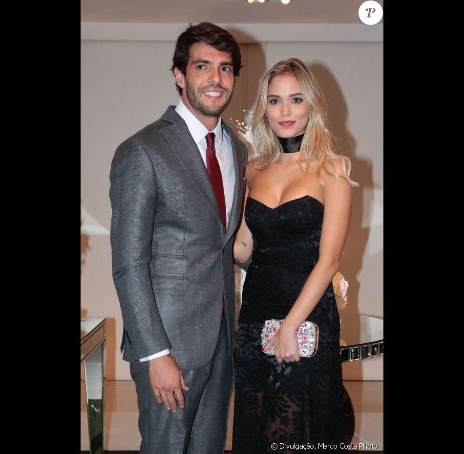 Kaká elogia Carolina Dias em foto e assume romance com modelo em foto publicada na última terça-feira, dia 04 de janeiro de 2017