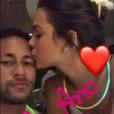 Já no réveillon, Bruna e Neymar trocaram carinhos e não esconderam os momentos de seus fãs