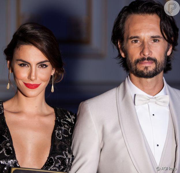 Rodrigo Santoro será pai pela primeira vez!Mel Fronckowiak, namorada do ator, espera primeiro filho