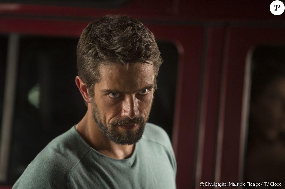 Cesar (Rafael Cardoso) fica furioso ao saber que Mario (Bruno Gagliasso) sobreviveu ao sequestro e tentativa de assassinato, na novela 'Sol Nascente', a partir de 17 de janeiro de 2017