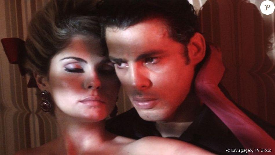 Lívia (Bárbara Evans) e Yaqub (Cauã Reymond) protagonizam nova cena de sexo quando já estão casados, no capítulo desta quinta-feira, 12 de janeiro de 2017, na minissérie 'Dois Irmãos'