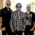 Kiko é irmão dos cantora Leandro e Bruno. O trio formou o grupo de sucesso do ano 2000 'KLB'