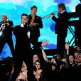 Robin Thicke se apresenta no Grammy Awards 2014