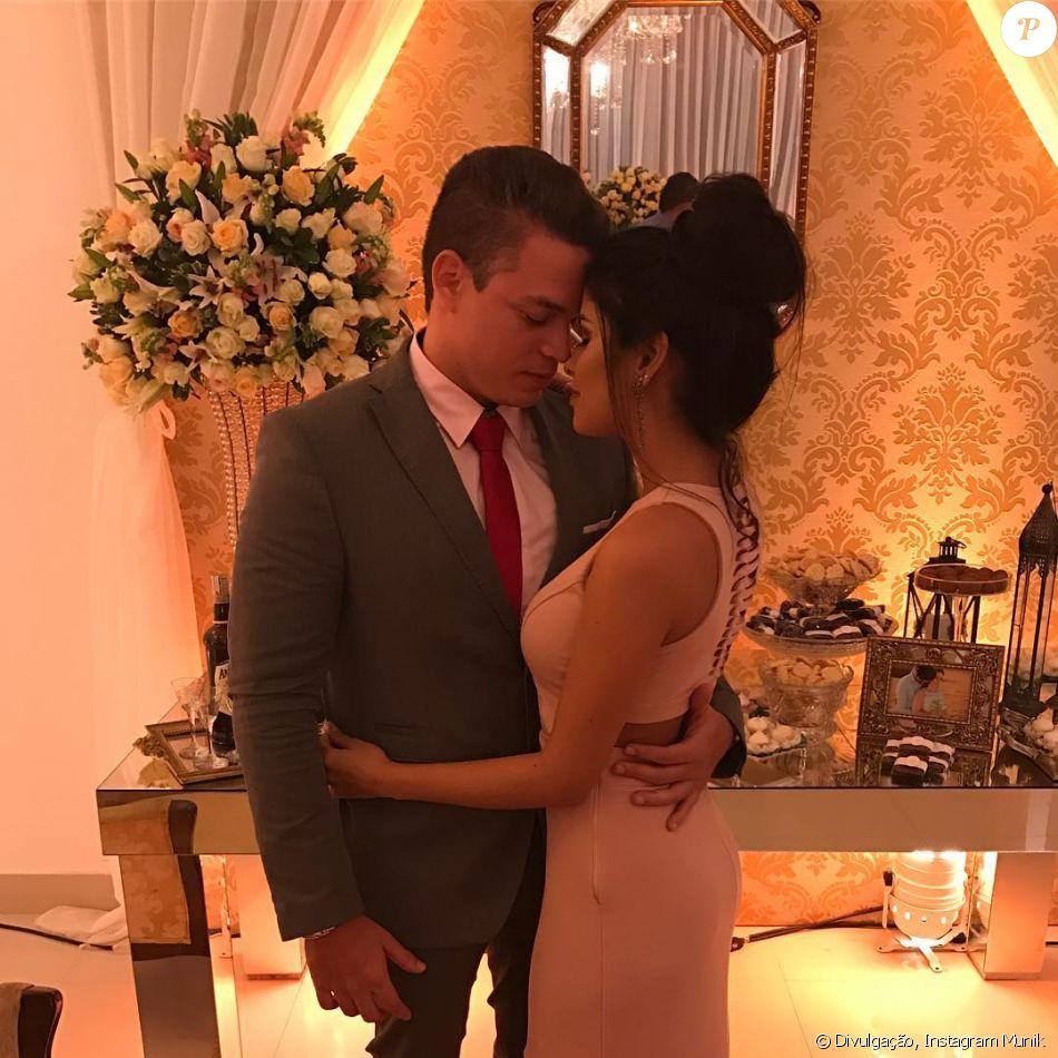 Munik marcou a data do seu casamento com o empresário Anderson Felício: 'Se tudo der certo, vai ser dia 5 de dezembro'