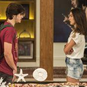 Novela 'Rock Story': Yasmin leva fora de Zac depois de beijá-lo. 'Interesseira'
