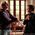 César (Antonio Fagundes) passou a novela inteira rejeitando o filho gay, Félix (Mateus Solano); no final de 'Amor à Vida, médico vai morar o ex-administrador do hospital San Magno