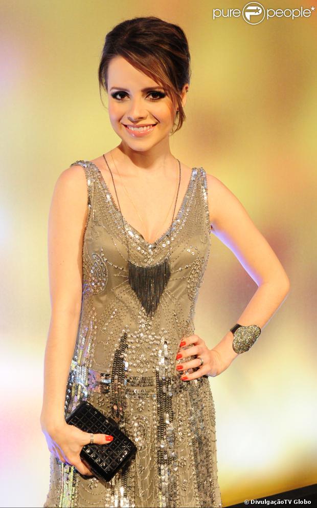 Sandy sobre convite para protagonizar 'Presença de Anita' no teatro: 'Faria com certeza' (03 de fevereiro de 2013)