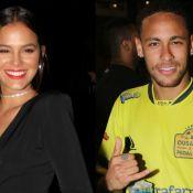 Neymar posa abraçado com Bruna Marquezine e comemora: 'Dia dos Namorados'. Foto!