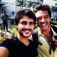Rivais na novela 'Em Família', Nando Rodrigues e Guilherme Leicam se tornaram amigos na vida real. No domingo, 16 de fevereiro de 2014, os atores estarão no palco do 'Domingão do Faustão', na TV Globo