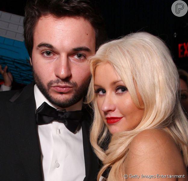 Christina Aguilera está grávida de seu noivo, Matt Rutler