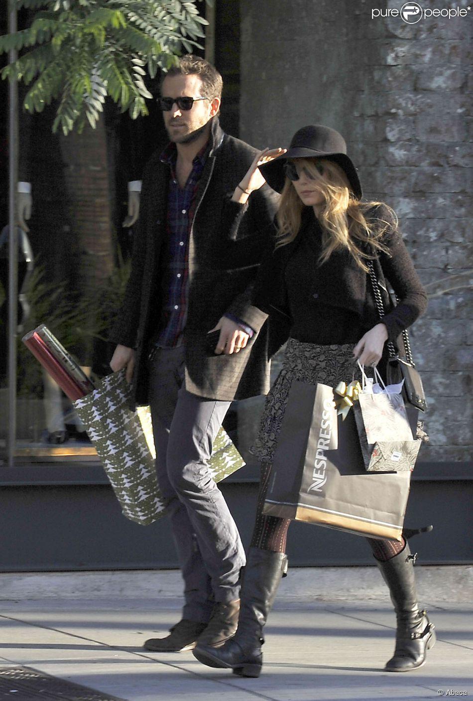 O ator se juntou à esposa Blake Lively, que virou garota propaganda da marca no ano passado