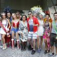 Preta Gil e seus amigos antes do bloco da Preta, no Centro do Rio