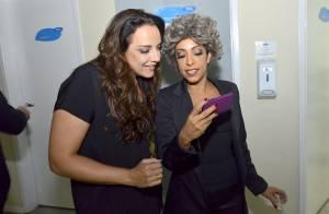Ana Carolina é 'atacada' por Samantha Schmütz em bastidores de programa de humor