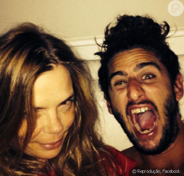 Alexia Dechamps e Bernardo Mendes estão namorando (28 de fevereiro de 2014)
