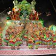 Fabiana Karla se emocionou no desfile da Mocidade, no Rio