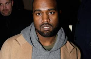 Kanye West vai à delegacia e é fichado pela polícia por agressão a fotográfo