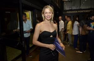 Bianca Rinaldi e Marieta Severo prestigiam estreia de peça no Rio de Janeiro