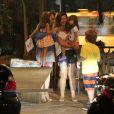 Giovanna Antonelli sai para jantar com o marido, Leonardo Nogueira, e os filhos, no Rio