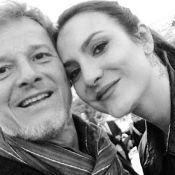 Marcello Novaes aparece em foto com a namorada, Camila Lamoglia: 'Love you'