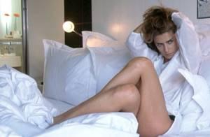 Maitê Proença exibe pernas de fora em foto postada em rede social