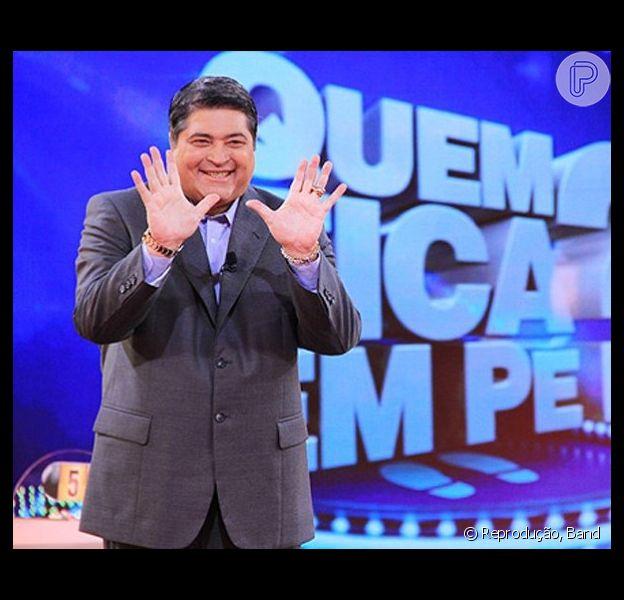José Luiz Datena revelou no programa Mulheres, da TV Gazeta, nesta segunda-feira, 12 de maio de 2014, que planeja se aposentar após o término de seu contrato com a Band