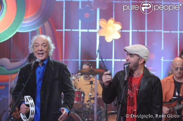 Amigos de Alexandre Pessoal, filho do cantor Erasmo Carlos, afirmaram que o músico teve morte cerebral na noite desta terça-feira (13 de maio de 2014)