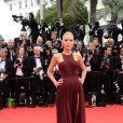 Blake Lively veste Gucci no tapete vermelho do Festival de Cannes 2014
