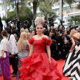 Elena Lenina prestigia a cerimônia de abertura do Festival de Cannes 2014