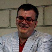 Walcyr Carrasco quer romance entre mulheres em sua próxima novela na Globo