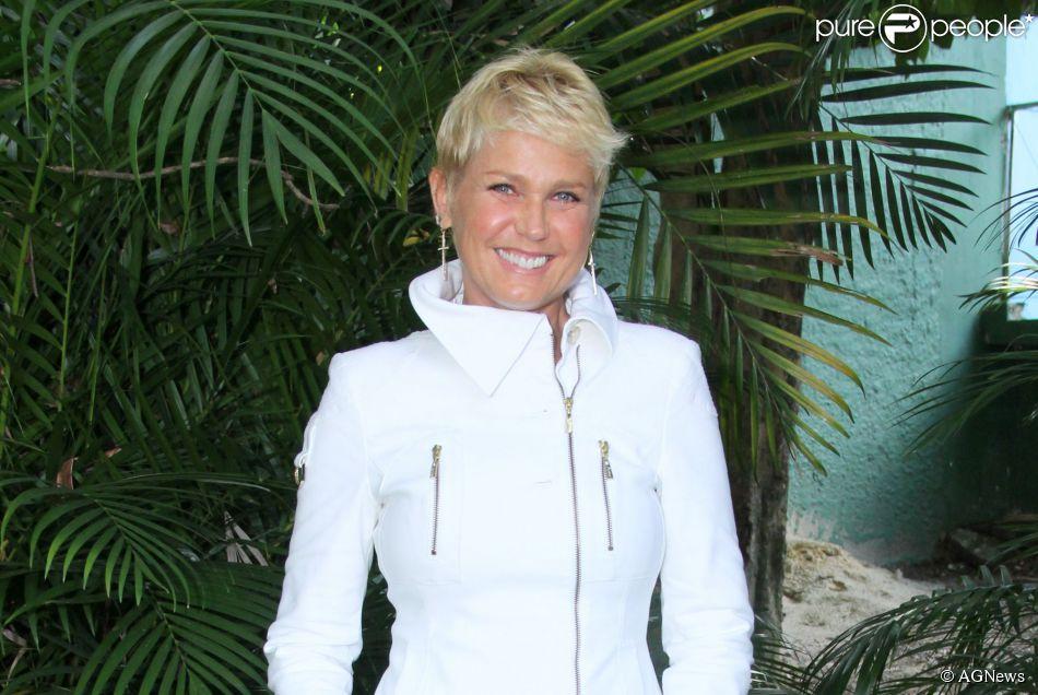 Xuxa deve apresentar programa adulto na TV Globo depois de 2016. A informação é do colunista de TV Daniel Castro (10 de junho de 2014)