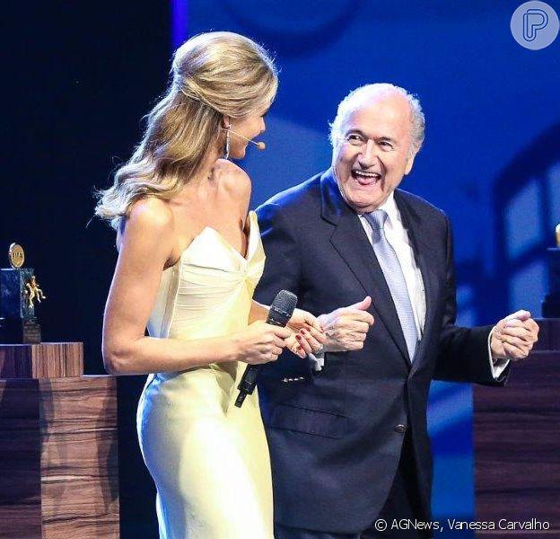 Fernanda Lima e Joseph Blatter dançaram forró durante o 64º Congresso da Fifa, na noite desta terça-feira, 10 de junho de 2014