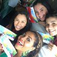 Gaby Amarantos festejou com amigas a ida ao estádio do Itaquerão