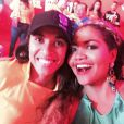 No camarote da Coca-Cola, Gaby Amarantos encontrou a jogadora Marta