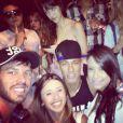 Segundo a coluna 'Gente Boa', do jornal O Globo, Neymar ficou bastante irritado ao ser citado na capa da revista por garantir que 'sequer conhece' Patrícia. A modelo, no entanto, afirma que eles tiveram um affair durante o Réveillon em Jurerê Internacional