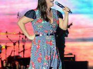 Caipira estilizada: Ivete Sangalo usa vestido mullet quadriculado em show. Fotos