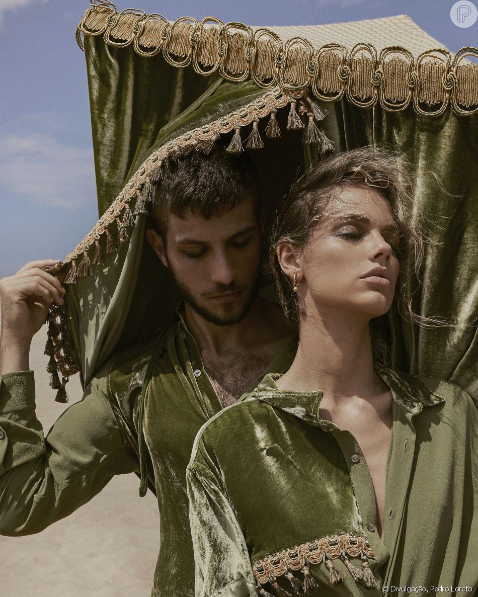 Chay Suede e Laura Neiva  estrelaram a campanha da recém-lançada coleção La Medina, da Handred, marca de moda genderless