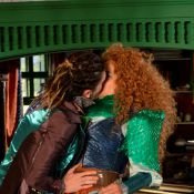 'Meu Pedacinho de Chão': Gina e Ferdinando (Johnny Massaro) ficam noivos
