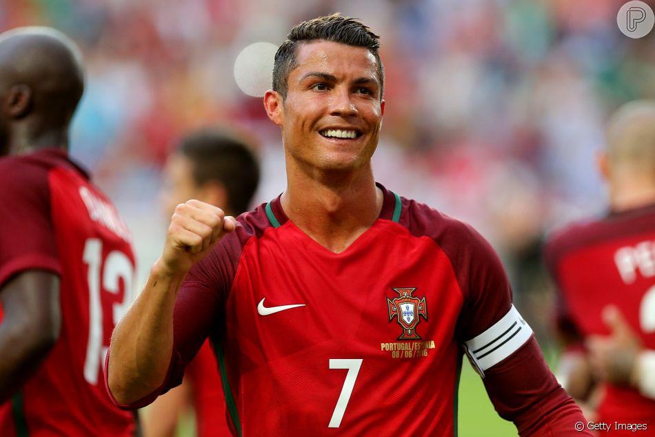 debe768201035 Portugal ou Espanha  Cristiano Ronaldo
